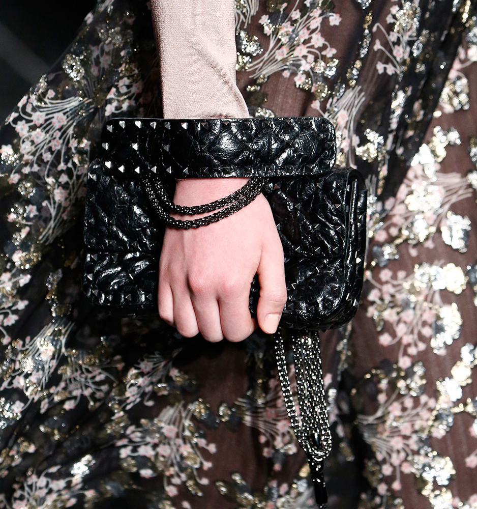 Valentino-Fall-2016-Bags-11