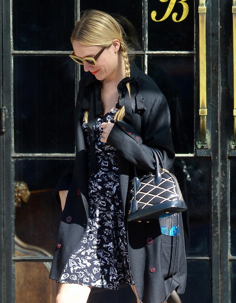 Chloe-Sevigny-Louis-Vuitton-Alma-BB-Bag