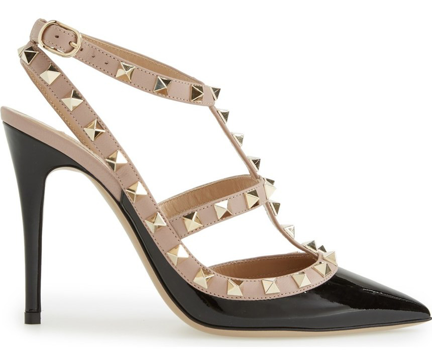 the ultimate shoe guide the valentino rockstud pumps purseblog. Black Bedroom Furniture Sets. Home Design Ideas