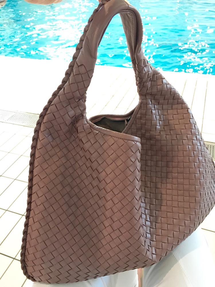 Bottega-Veneta-Maxi-Veneta-Bag