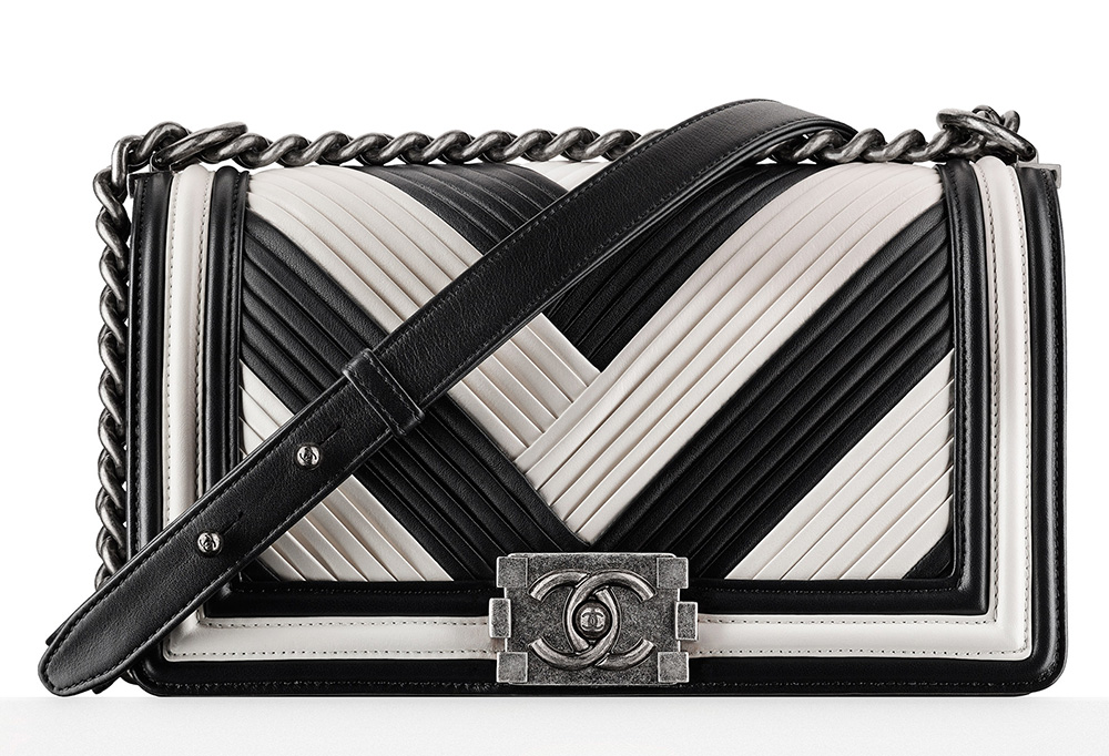 black and white chanel bags. chanel pleated boy bag black and white bags