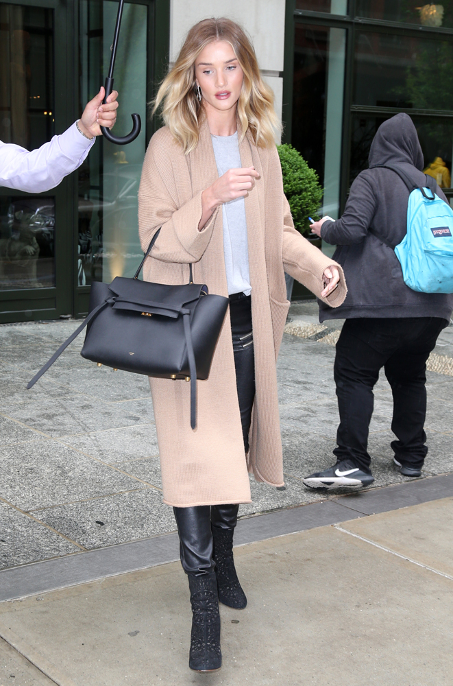 Rosie-Huntington-Whiteley-Celine-Belt-Bag-3