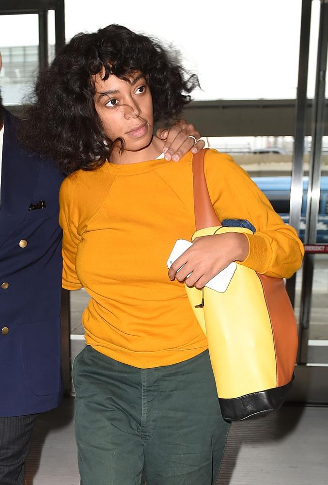 Solagne-Knowles-Marni-Pod-Bag