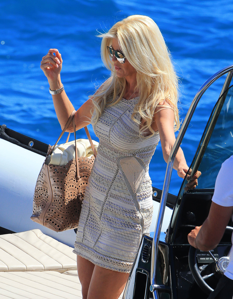 Victoria-Silvstedt-Alaia-Laser-Cut-Tote