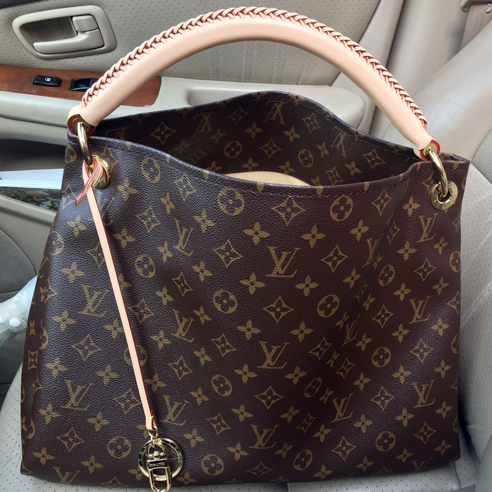 tPF Member: Forever.Elsie, Bag: Louis Vuitton Delightful MM, Shop: $1,390 via Louis Vuitton