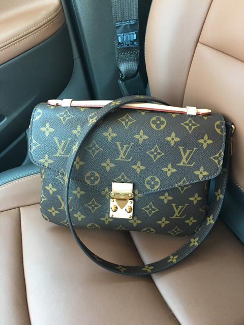 tPF Member: Tlo, Bag: Louis Vuitton Pochette Metis Bag, Shop: $1,700 via Louis Vuitton