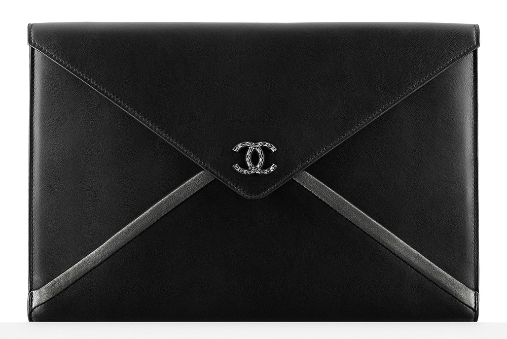 Chanel-Envelope-Pouch-1425