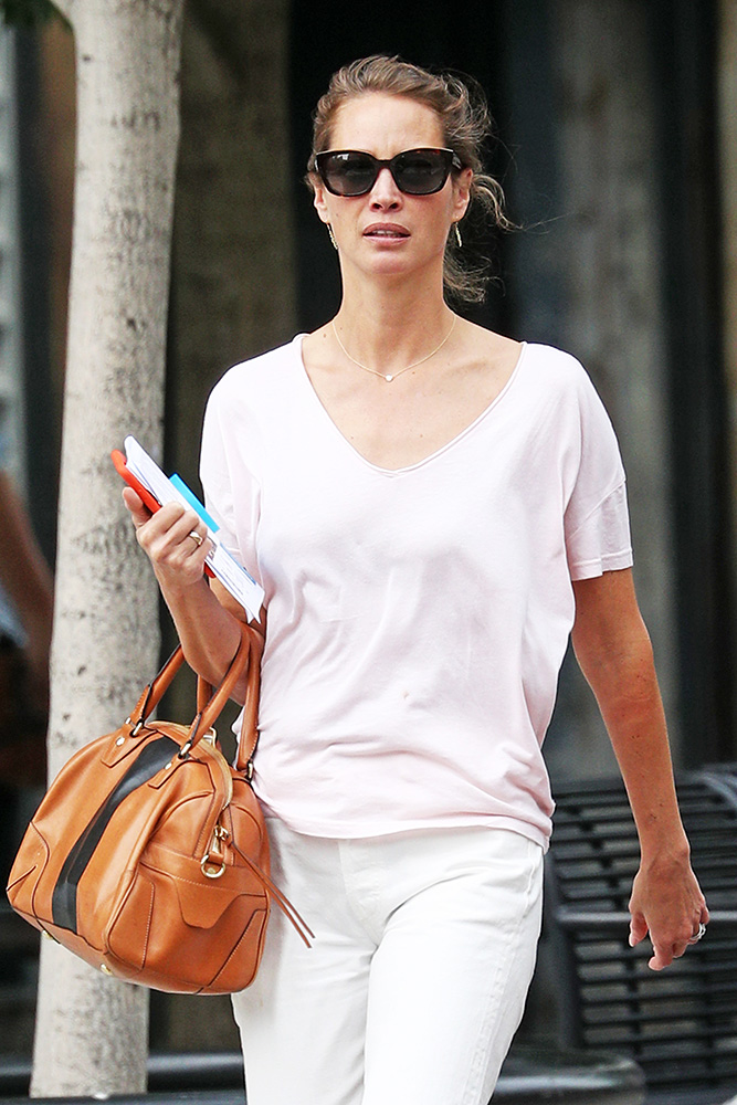 Christy-Turlington-Rag-and-Bone-Flight-Satchel