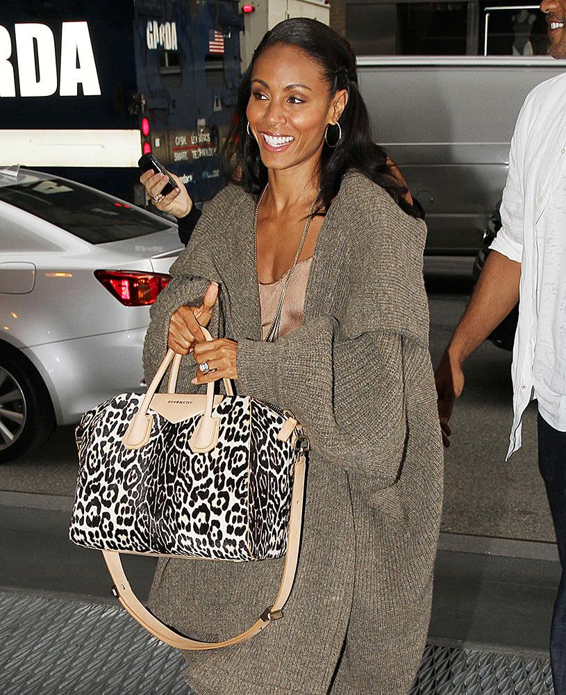 Jada-Pinkett-Smith-Givenchy-Leopard-Antigona-Bag