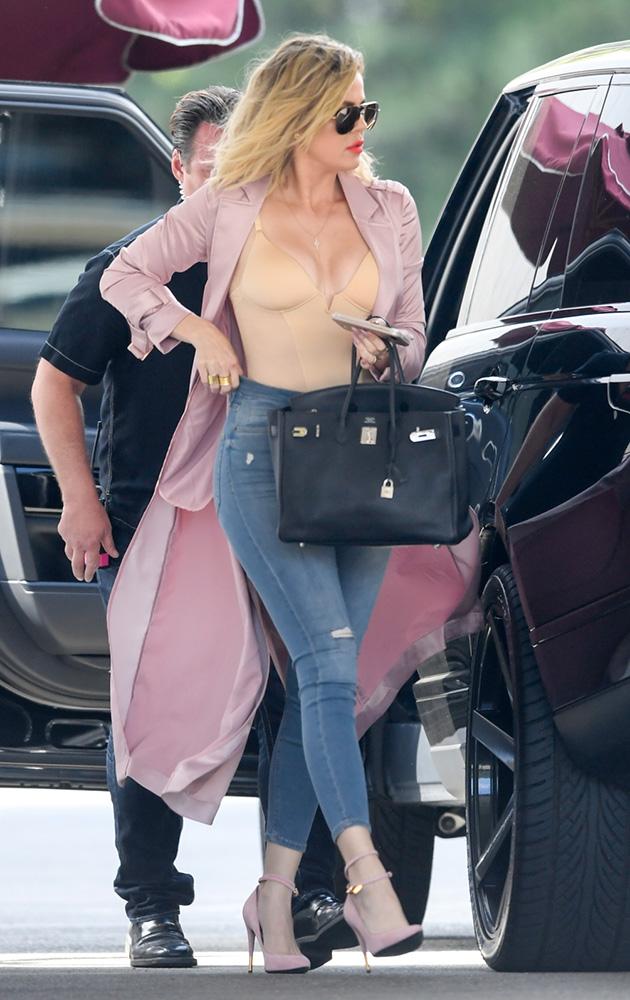 Khloe-Kardashian-Hermes-Birkin-2