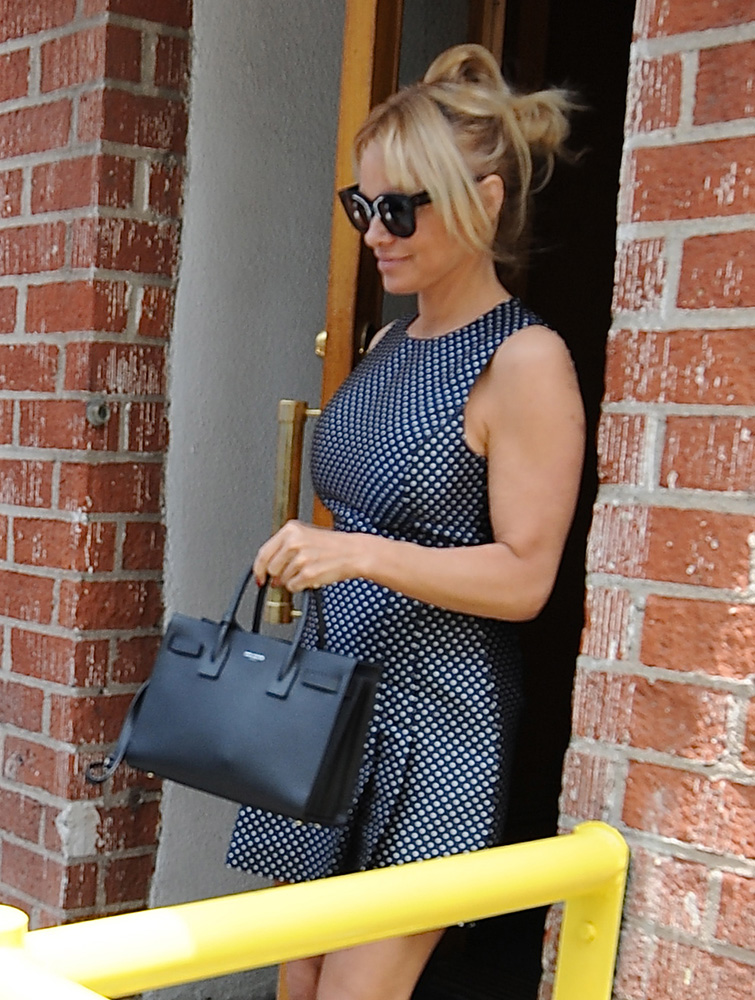 Pamela-Anderson-Saint-Laurent-Sac-de-Jour-Bag