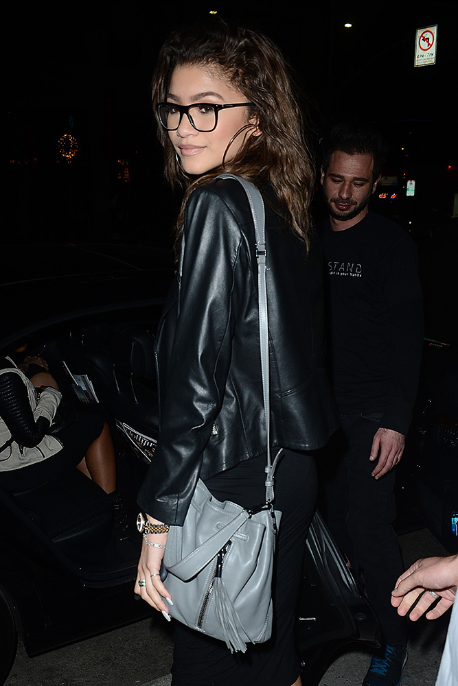 Zendaya-Elizabeth-and-James-Cynnie-Bucket-Bag