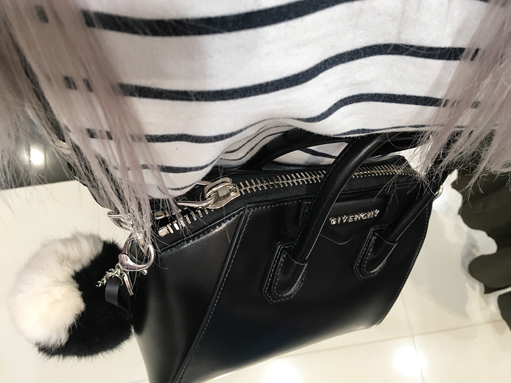 tPF Member: an.grzywniak Bag: Givenchy Antigona Mini Leather Satchel Bag Shop: $1,750 via Neiman Marcus
