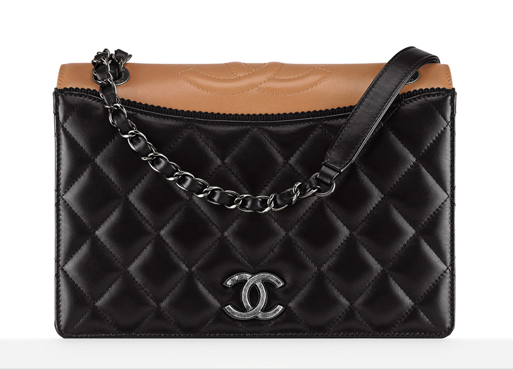Chanel-Flap-Bag-3200