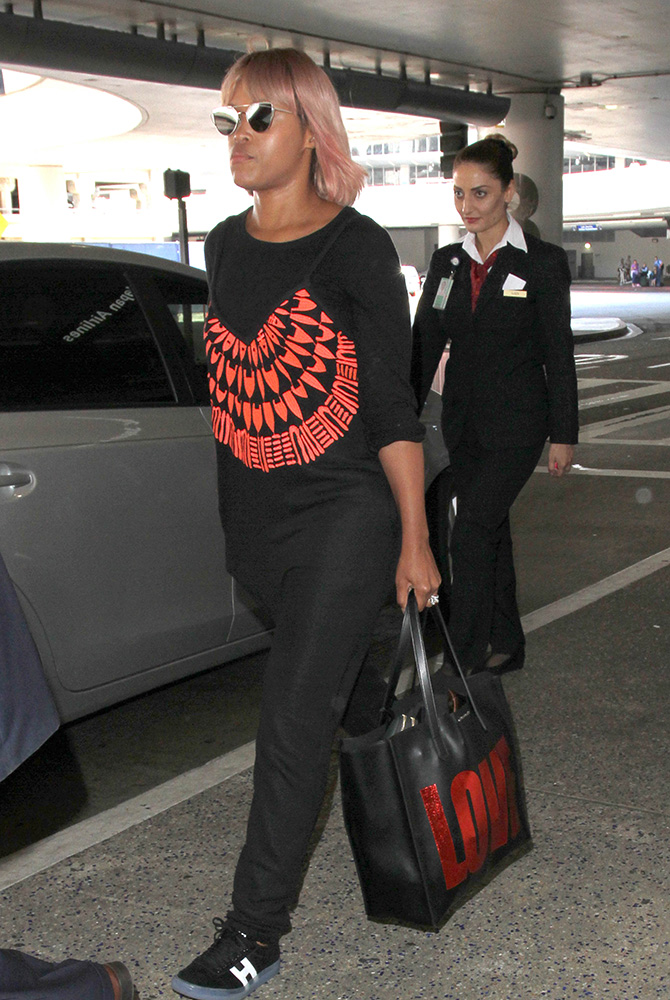 Eve-Givenchy-Love-Tote