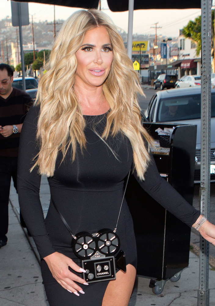 Kim-Zolciak-Chanel-Camera-Bag