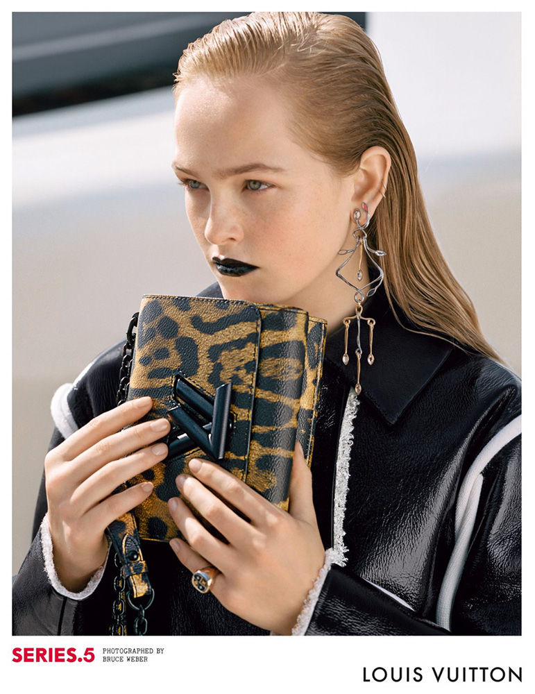 Louis-Vuitton-Fall-2016-Ad-Campaign-Bags-3