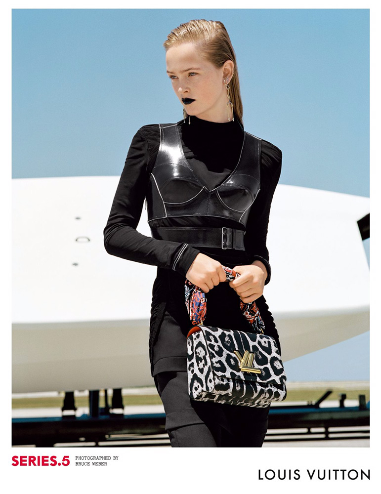 Louis-Vuitton-Fall-2016-Ad-Campaign-Bags-4