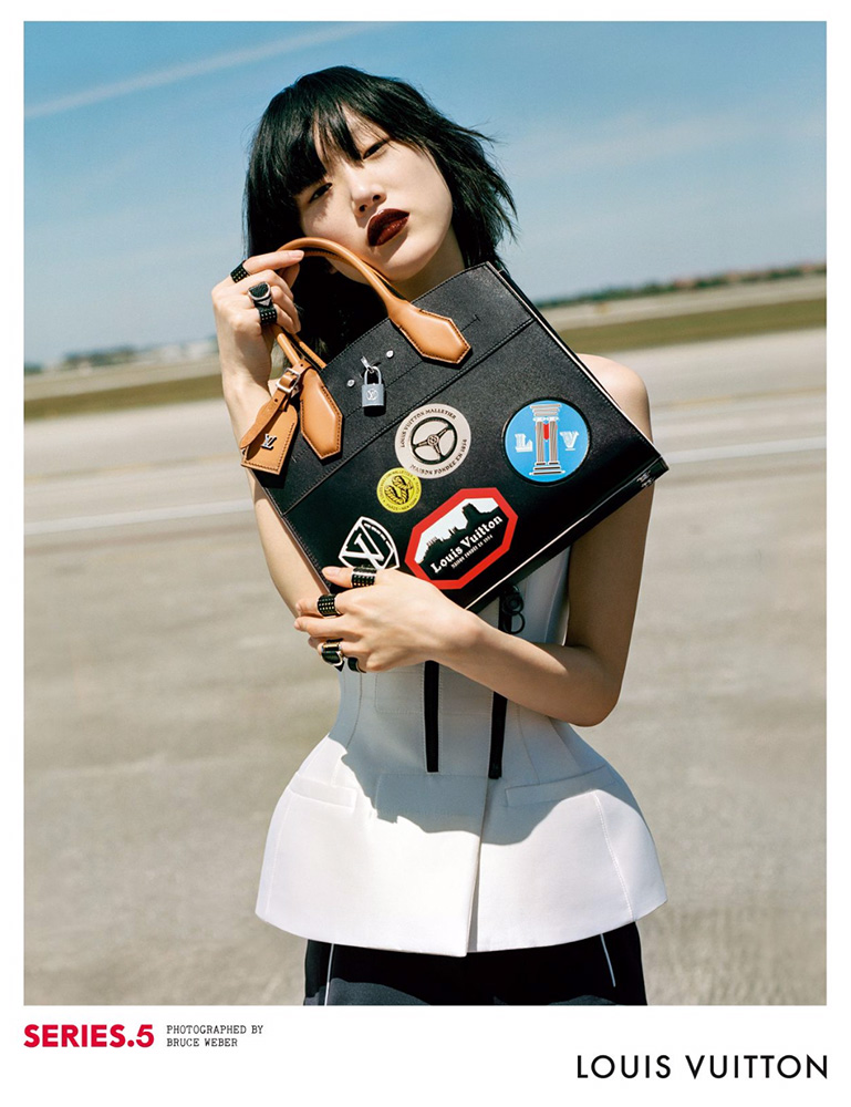 Louis-Vuitton-Fall-2016-Ad-Campaign-Bags-7