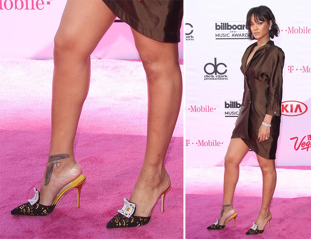 Rihanna-Manolo-Blahnik-Borli-Mules