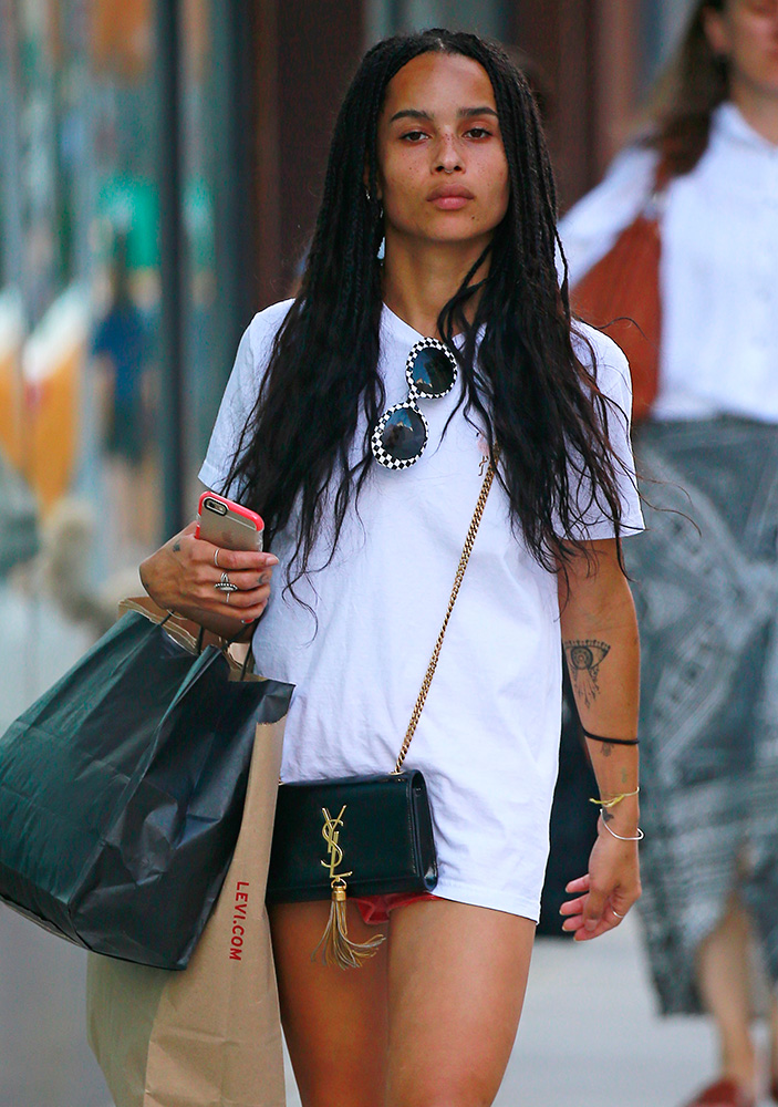 Zoe-Kravitz-Saint-Laurent-Monogramme-Mini-Bag