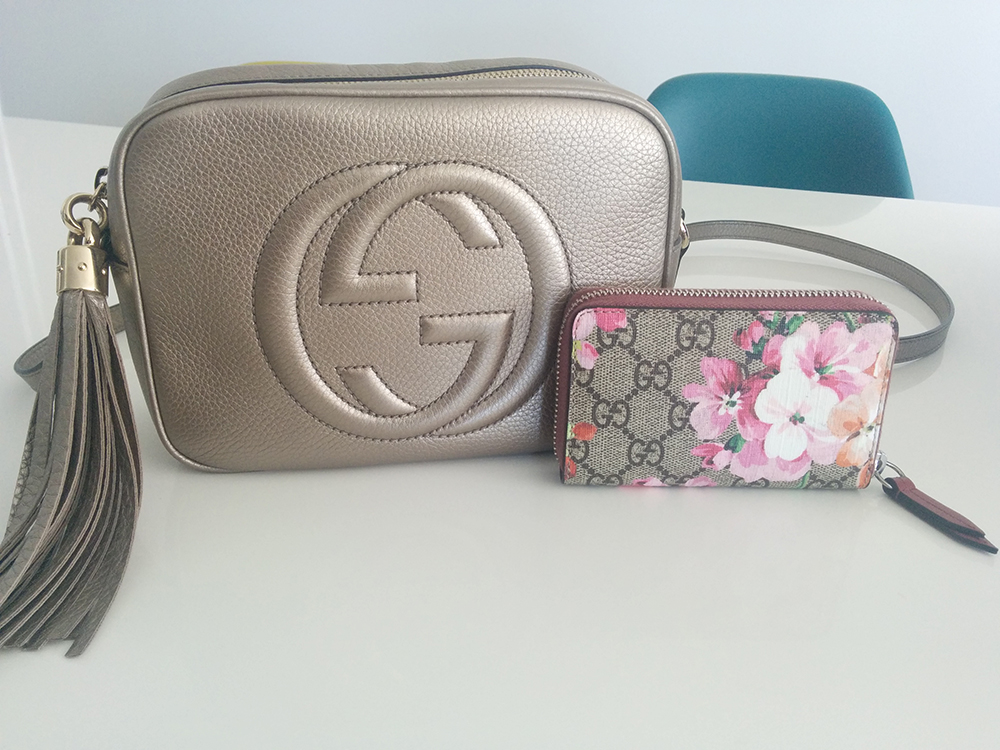 tPF Member: BeLou47 Bag: Gucci Soho Disco Bag  Card Case: Gucci GG Blooms Card Case Shop Soho Disco: $980 via Gucci  Shop Card Case: $295 via Gucci
