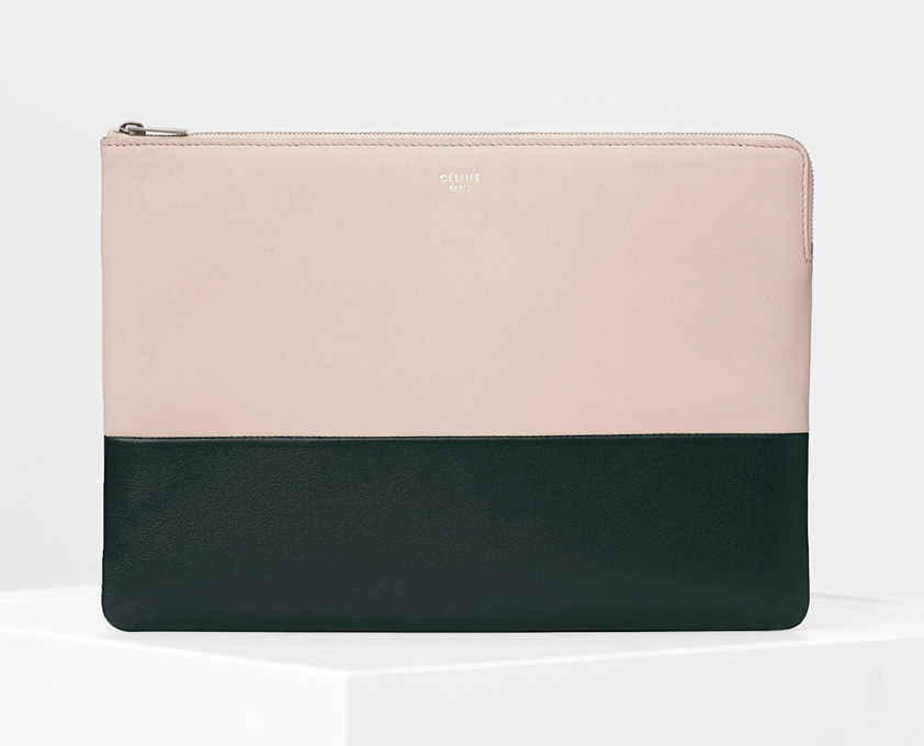 Celine-Solo-Clutch-Pouch-530