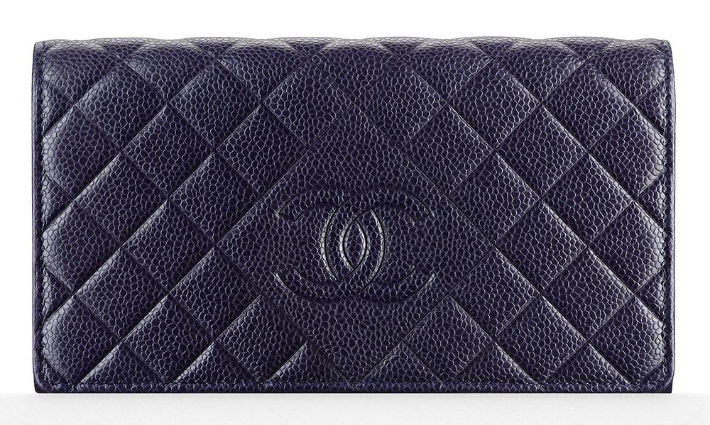 Chanel-Flap-Wallet-Navy-900