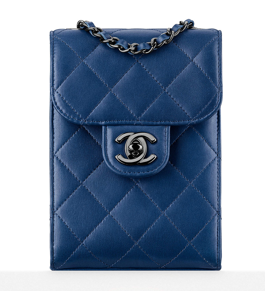 Chanel-Wallet-On-Chain-Blue-North-South-1900