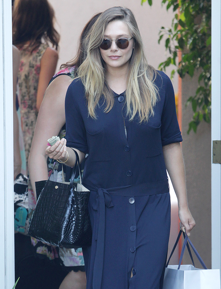 Elizabeth-Olsen-Elizabeth-and-James-Crocodile-Tote