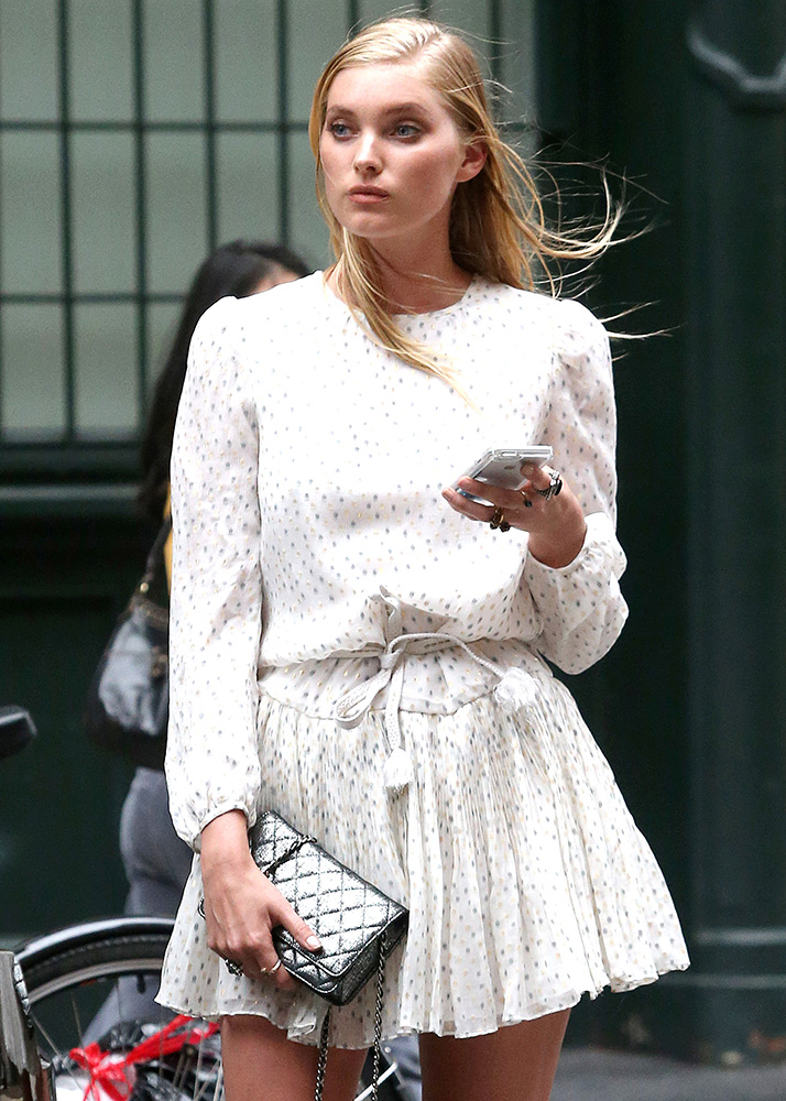 Elsa-Hosk-Chanel-Wallet-on-Chain-Bag