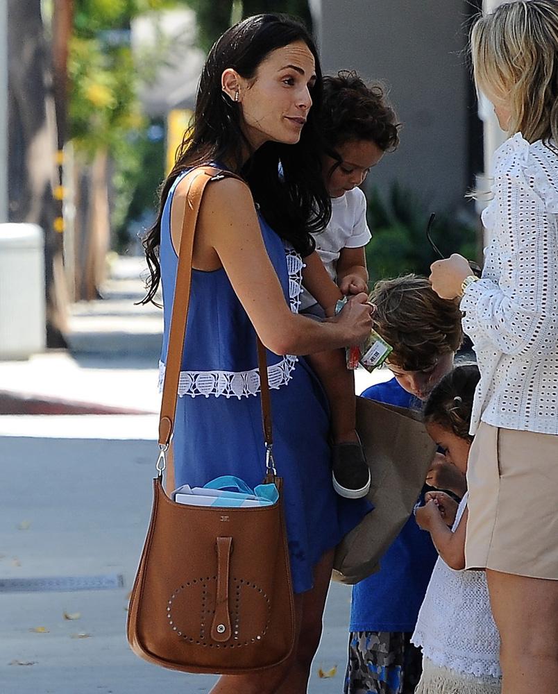 Jordana-Brewster-Hermes-Evelyne-Bag