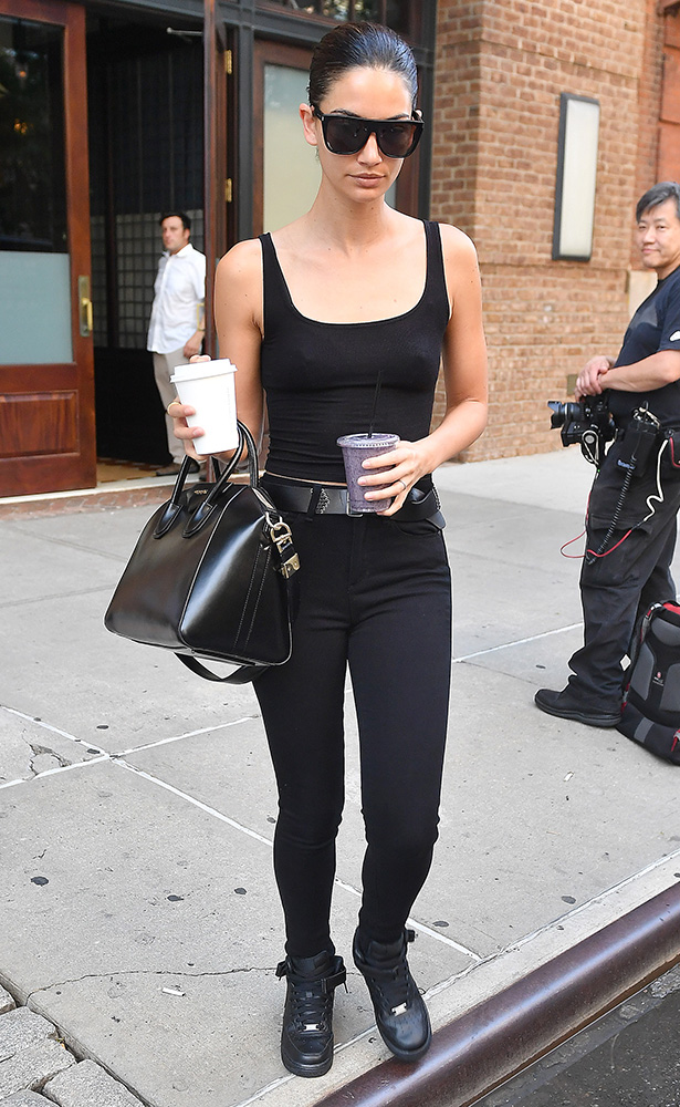 Lily-Aldridge-Givenchy-Antigona-Bag-9