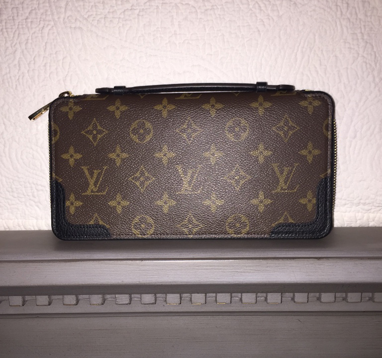 tPF Member: 4Nichs Bag: Louis Vuitton Daily Organiser Shop: $1,180 via Louis Vuitton