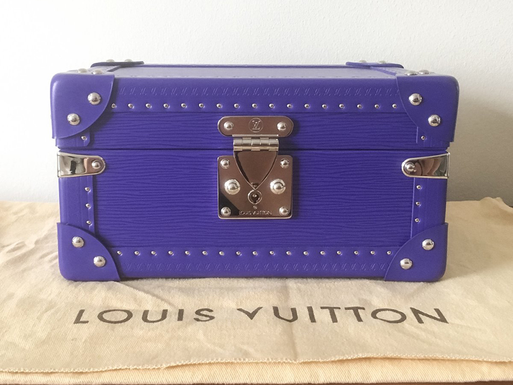 tPF Member: ADDIEtude664 Bag: Louis Vuitton Epi Figue Tresor Coffret Shop: Similar Styles via Vestiaire Collective