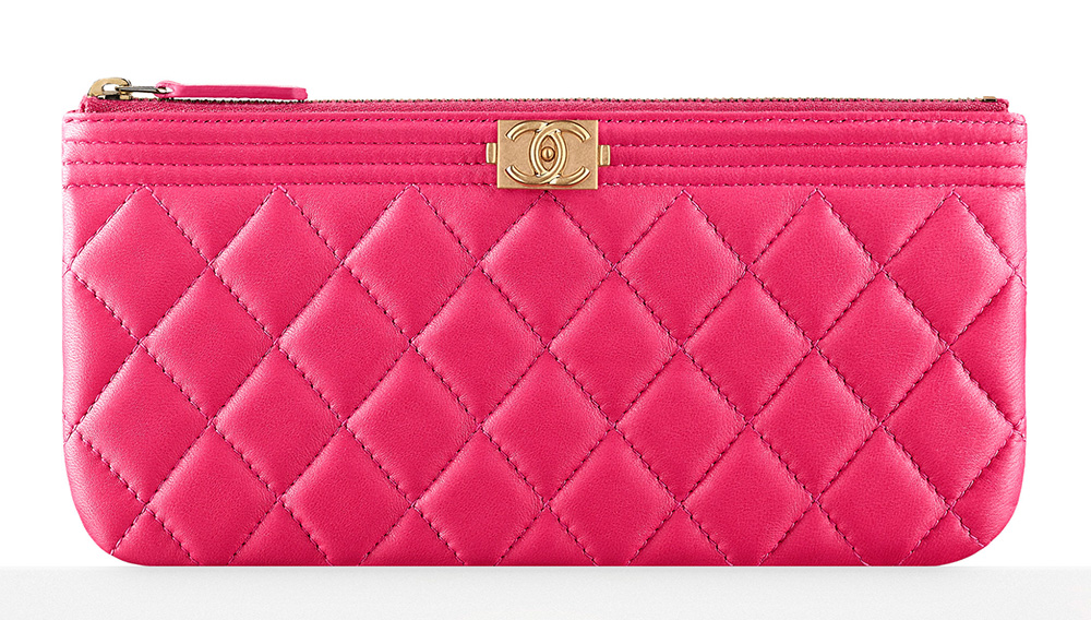 chanel-boy-large-pouch-pink-800