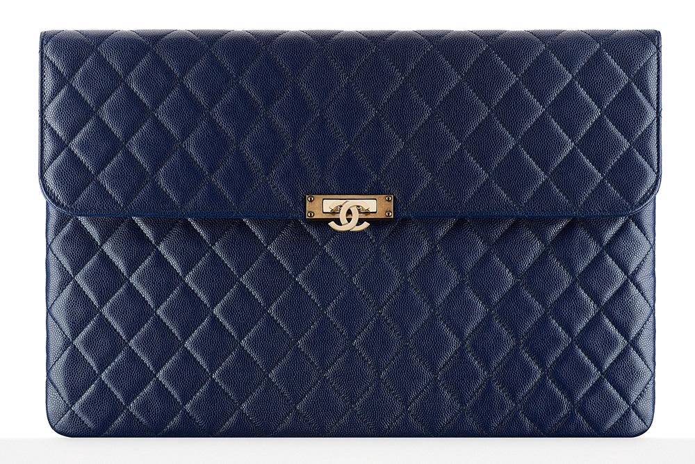 chanel-flap-pouch-blue