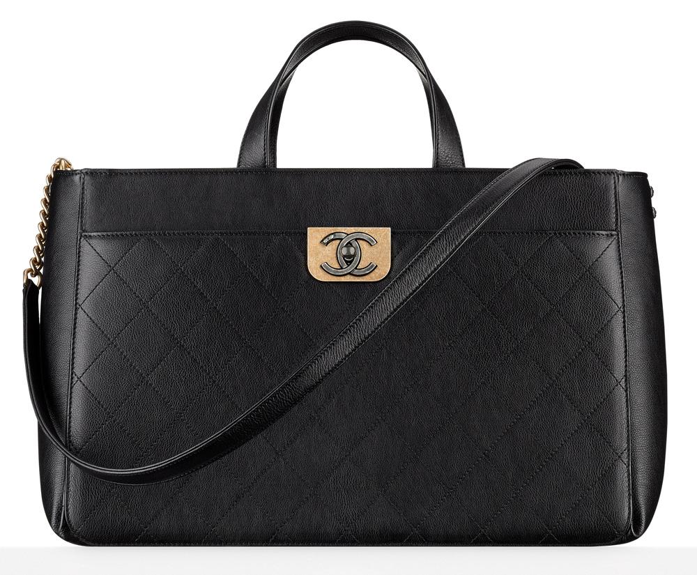 chanel-large-zipped-shopping-bag-4100