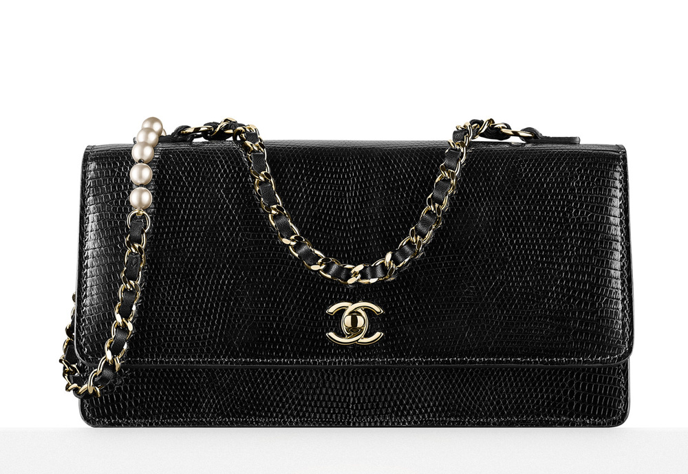 chanel-lizard-and-pearl-flap-bag-5200