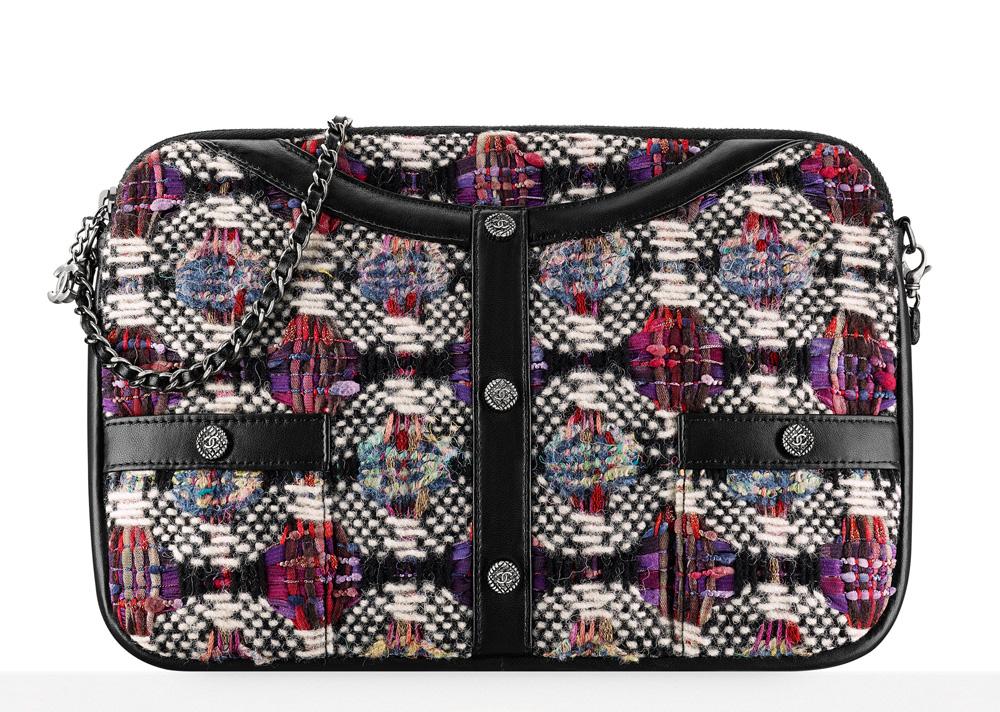 chanel-tweed-jacket-clutch