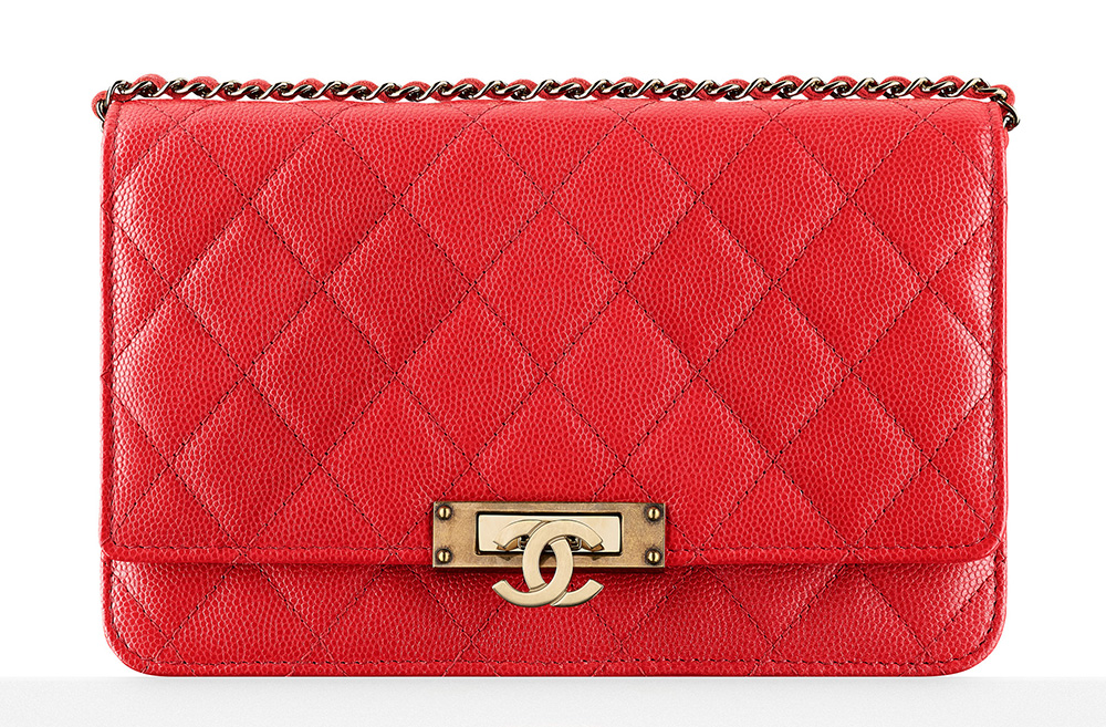 chanel-wallet-on-chain-red-2500
