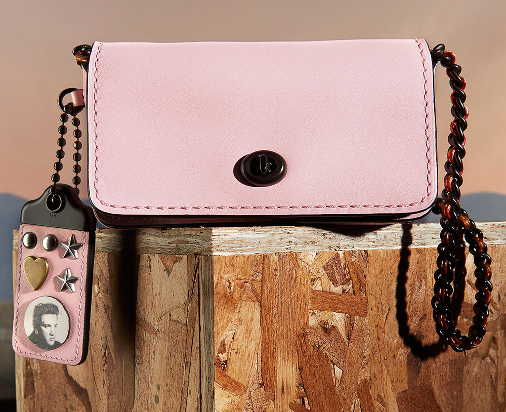 coach-dinky15-with-elvis-charm-pink