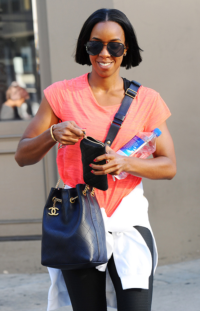 kelly-rowland-chanel-drawstring-bag