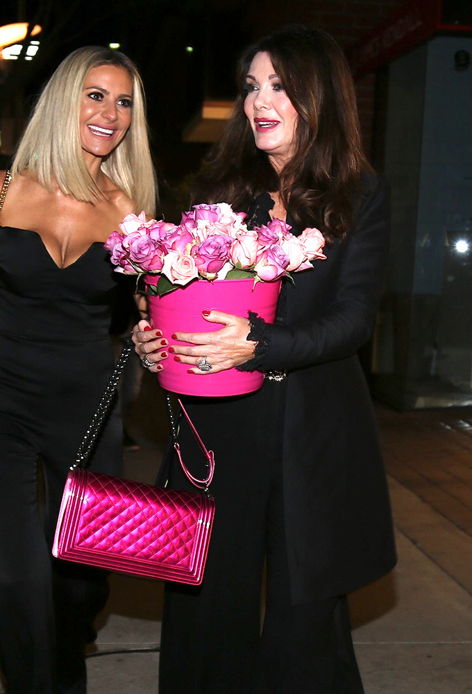 Celebs Love Chanel And Chlo 233 Bags But A New Alexander