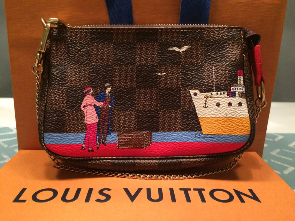 louis-vuitton-holiday-animation-pochette