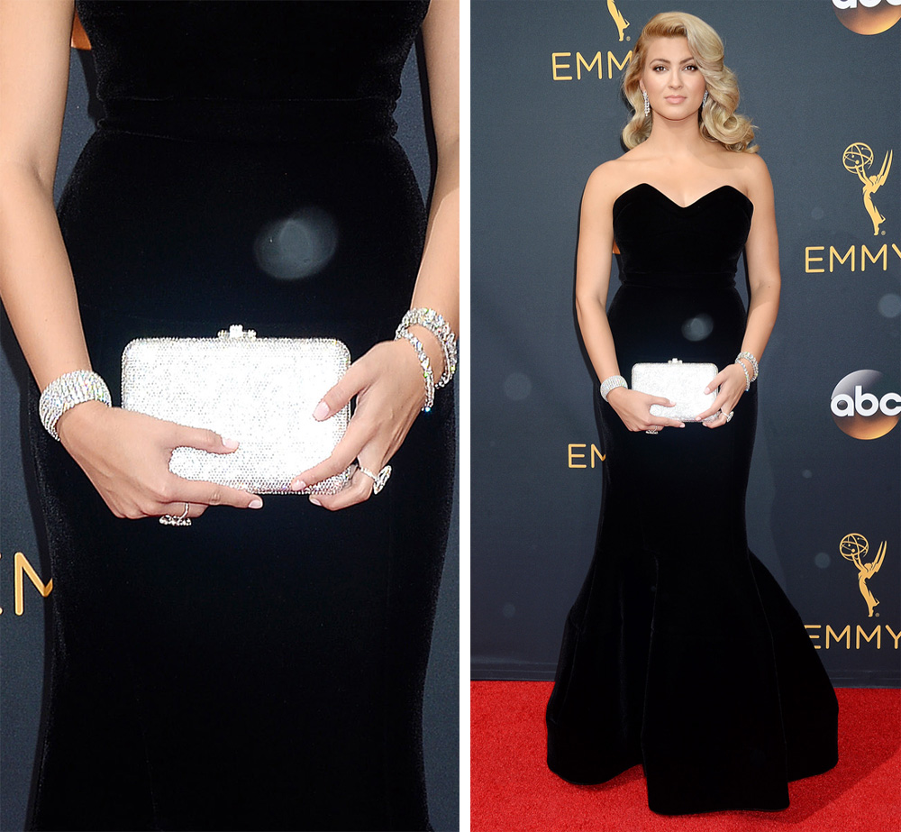 tori-kelly-judith-leiber-slim-slide-clutch