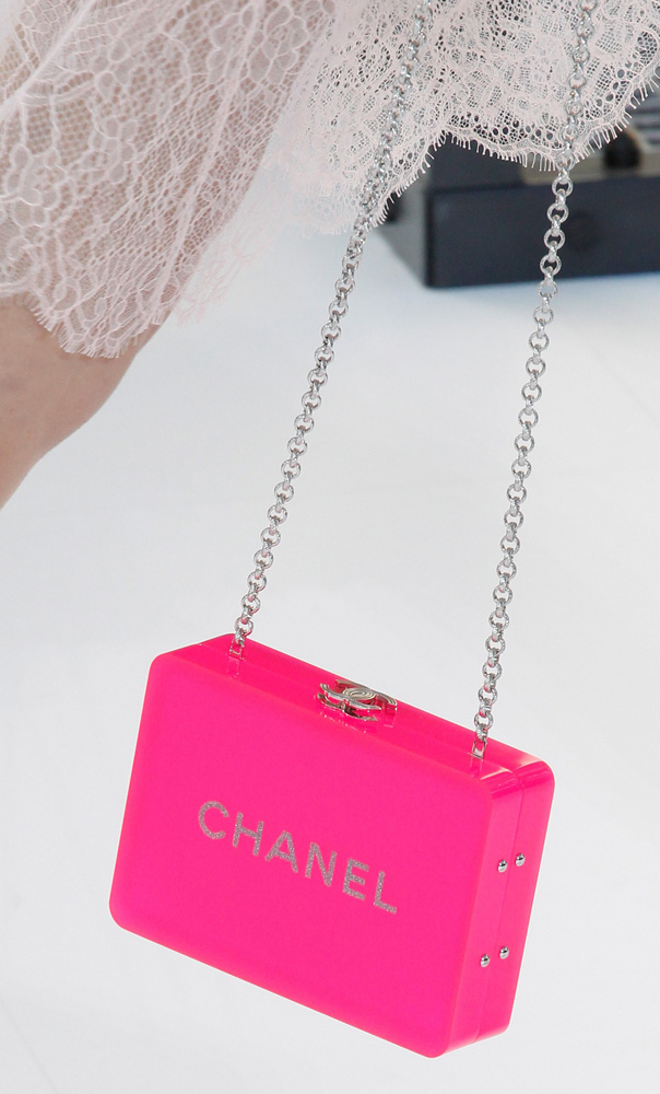chanel-bags-spring-2017-16