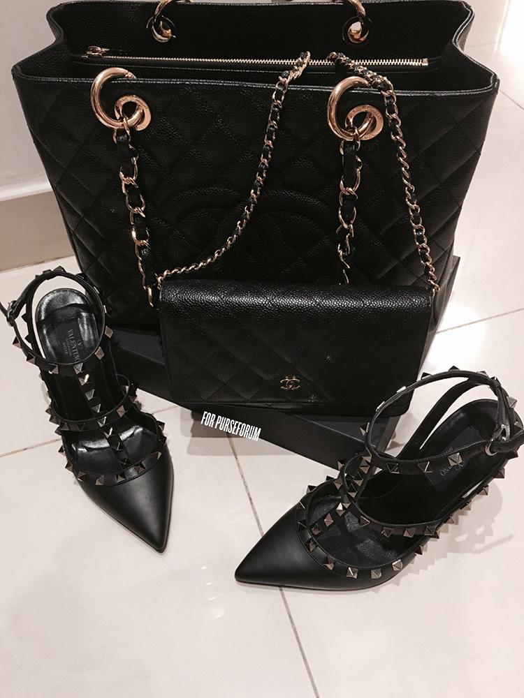 tPF Member: Lesrococo Shoes: Valentino Noir Rockstud Pumps Shop: $1,095 via Neiman Marcus