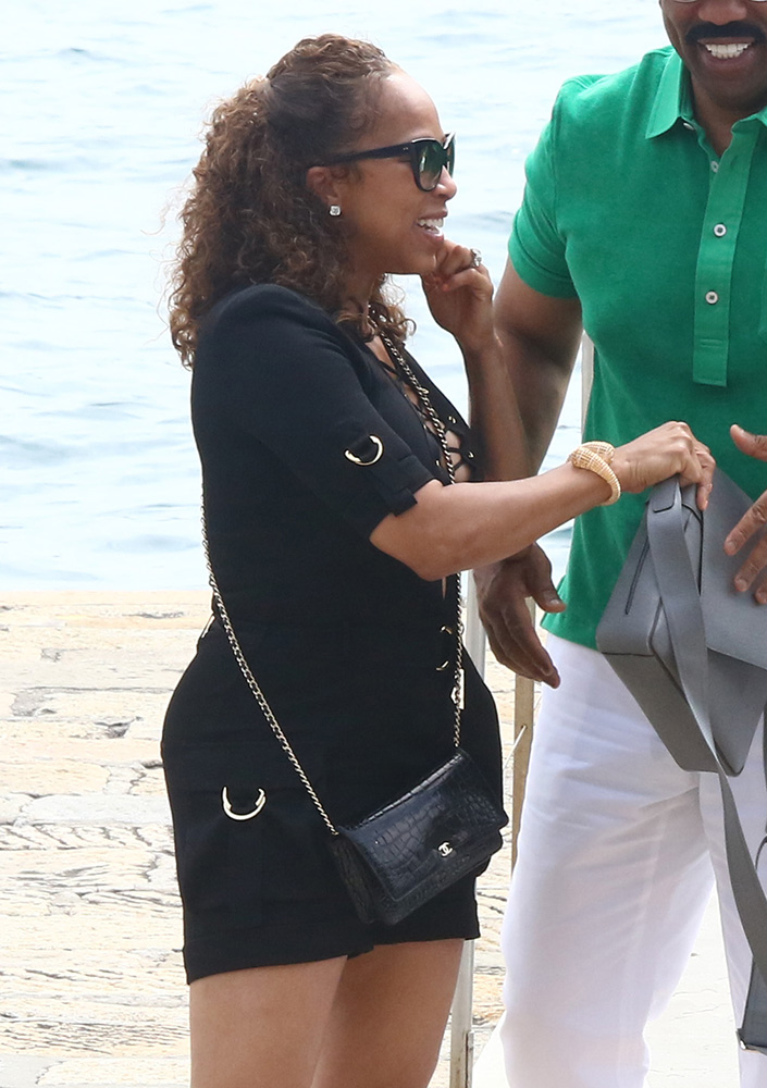 marjorie-harvey-chanel-alligator-woc-bag