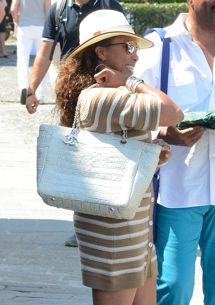 marjorie-harvey-chanel-alligatore-tote